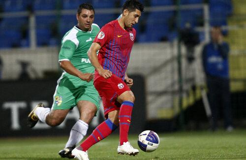 Florin Costea (26 de ani) a venit liber de contract la Steaua, unde are un salariu de 200.000 de euro anual