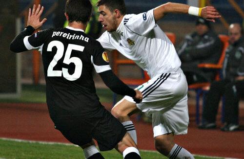 Zmeu (în alb) a marcat aseară cel mai important gol din cariera sa. FOTO Mediafax