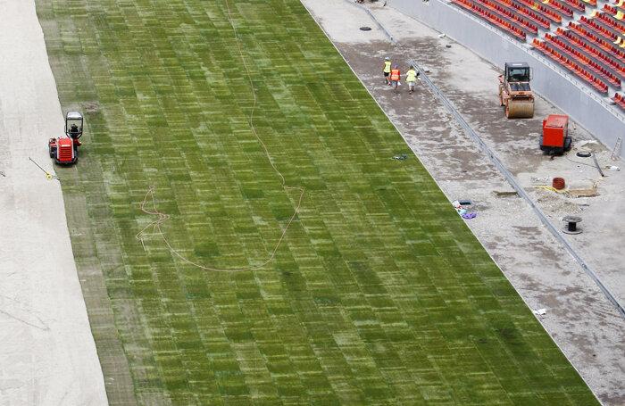 Gazonul de pe National Arena va fi crescut cu ajutorul unor aparate