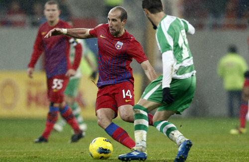 Transferul lui Latovlevici la Saint Etienne are şanse mari să pice.