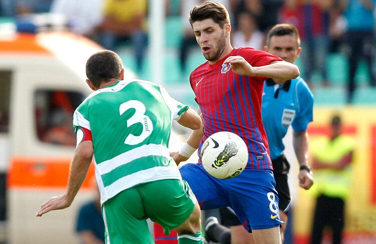 Răduţ speră să prindă din nou un post de titular la Steaua.