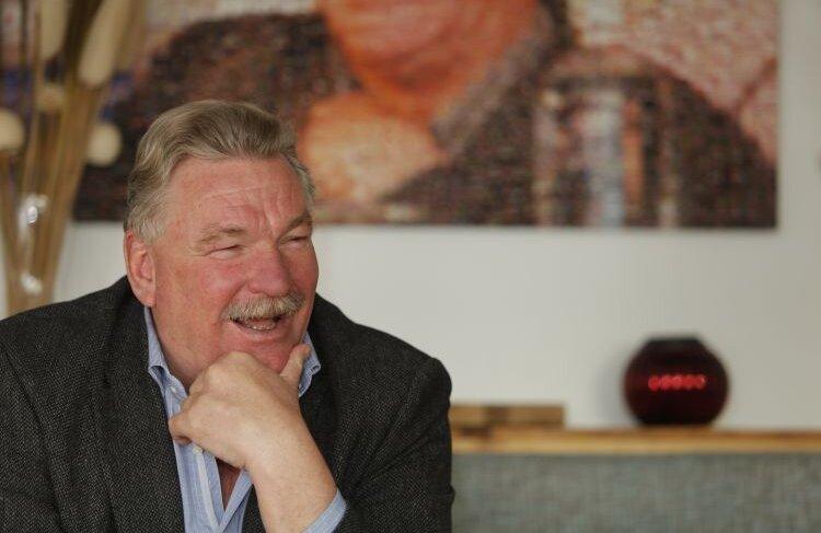 30 de milioane de euro a investit Frans van Seumeren la FC Utrecht, în perioda 2008-2011, echipa clasîndu-se în Olanda pe locurile 9, 7, și 9 în ultimele trei sezoane