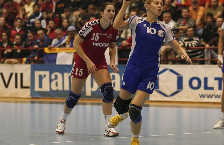 Roxana Han (31 ani) joacă la Oltchim din 2006