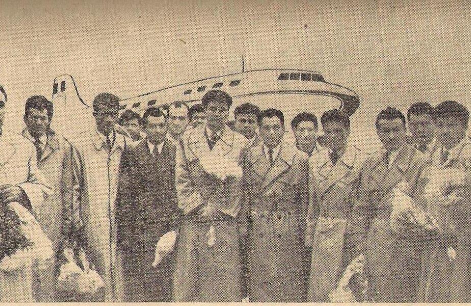 De la stînga la dreapta: Lt. Col. Ion Aurel, şeful delegaţiei, Onisie, Zavoda I, Dumitrescu, Zavoda II, Constantin, Ivănescu, Moldovan, Voinescu, Tătaru, Cacoveanu, Staicu, Ghibea, Bukossy (foto: Şt. Ionescu)