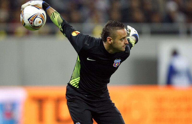 Stanca (32 de ani) a făcut cîteva meciuri senzaţionale în prima parte a sezonului, atunci cînd Tătăruşanu a fost accidentat