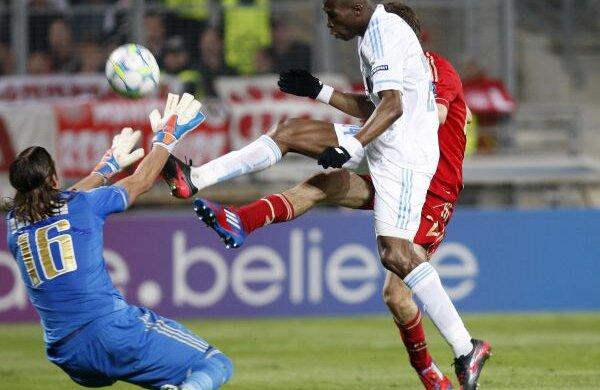 Andrade, stînga, nu mai apărase pentru OM de 14 luni, mai precis din 9 ianuarie 2011, dintr-un meci de Cupă cu Evian (1-3) Foto: Reuters