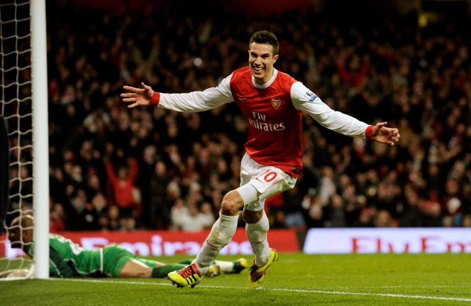 Van Persie e golgeter în Premier League cu 27 de reușite, trei peste Rooney (foto: Reuters)