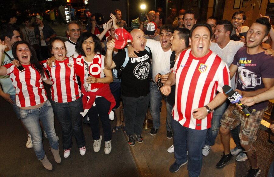 Suporterii spanioli au invadat Capitala pentru finala dintre Atletico şi Bilbao
