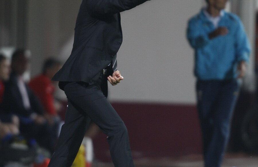 Răzvan Lucescu se mulţumeşte şi cu un loc de Europa League