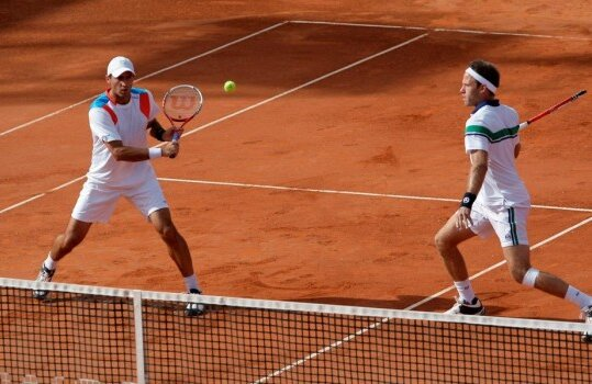 Horia Tecau si Robert Lindstedt s-au calificat in sferturile de finala
