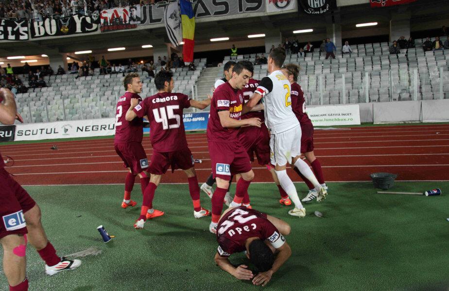 "Incidente la ""U"" Cluj - CFR Cluj"