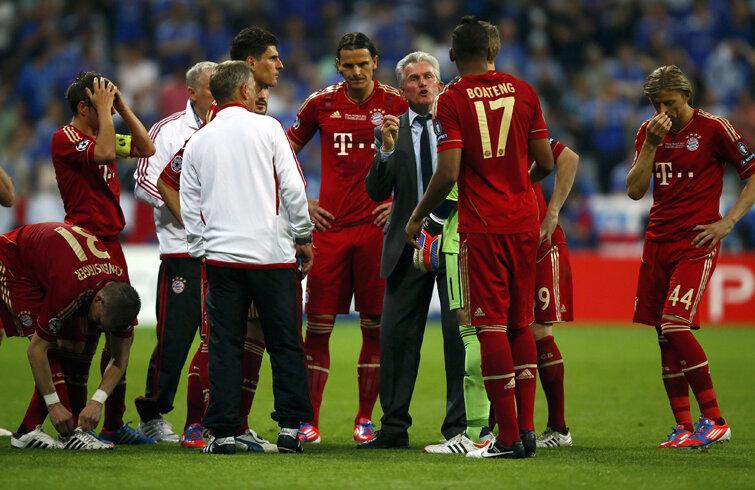 Heynckes a avut o misiune dificilă la finalul prelungirilor cu Chelsea: să găsească jucători care să bată penalty-urile.