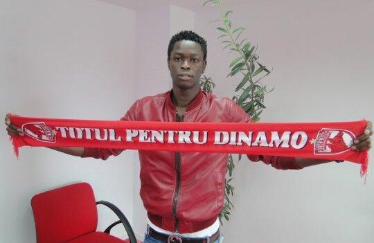 Senegalezul Issa Ba a fost primul transfer al dinamoviştilor în această vară