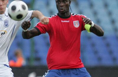 Mansour, în tricoul Gloriei Buzău