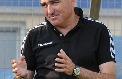 """Grigoraș insistă ca elevii săi să nu subestimeze """"șepcile roșii"""""""
