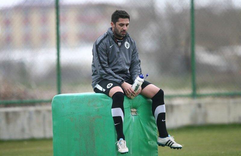 În 17 meciuri la cîrma Universității, Niculescu are 4 victorii, 7 remize și 6 eșecuri Foto: Lorand Vakarcs