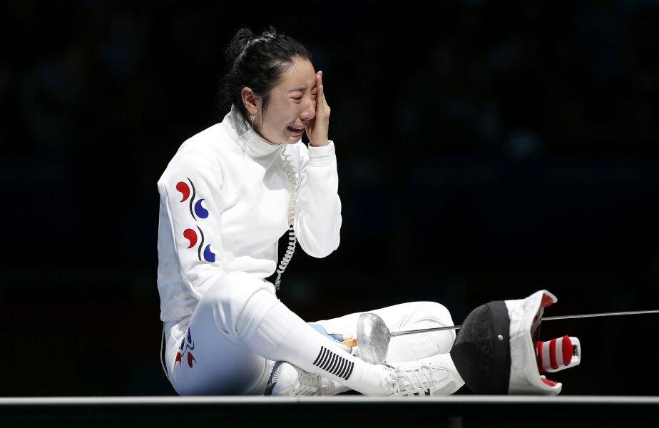 Shin A Lam nu și-a putut stăpîni lacrimile (foto: Reuters)