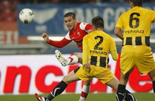 După eșecul din aprilie 2012 de la Brașov, Dinamo a cedat definitiv primul loc