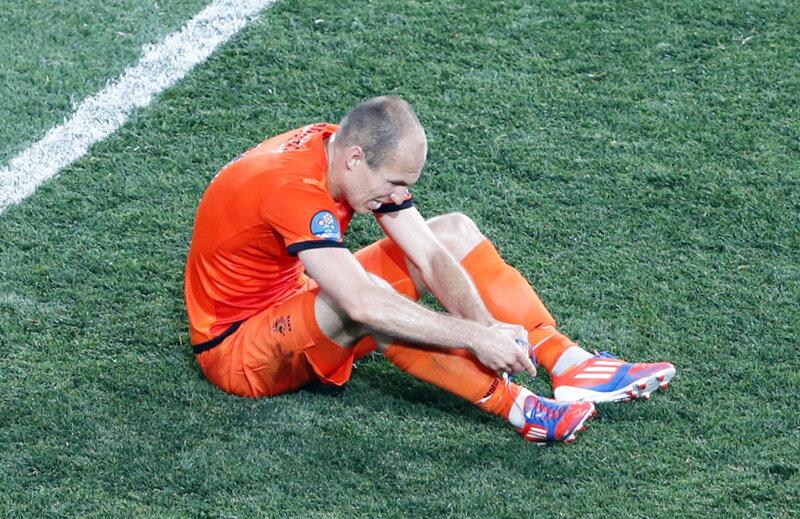 Arjen Robben riscă să piardă lotul pentru meciul cu România