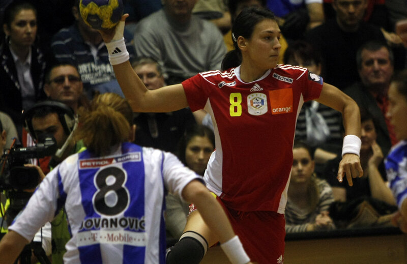 Cristina Neagu revine pe terenul de handbal