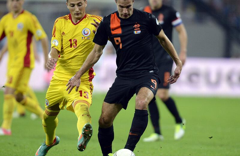 Van Persie a închis tabela de marcaj cu un gol marcat în poarta goală.