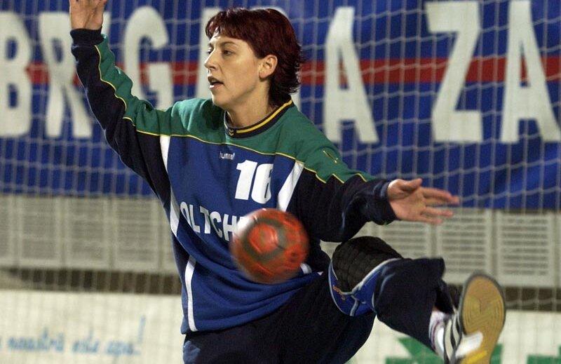 Oltchim Rm. Vîlcea şi Itxako sînt cele mai înalte borne din careiera lui Ildiko Kerekes Barbu