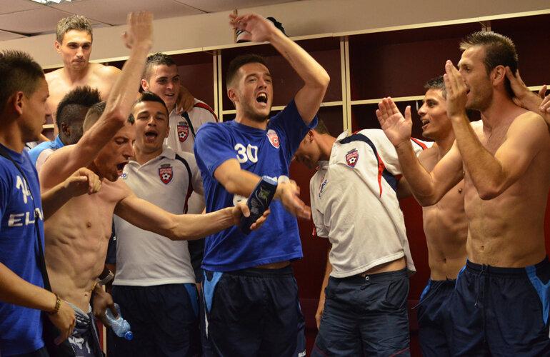 Botoşănenii au celebrat în vestiar // Foto: Ştefan Constantin