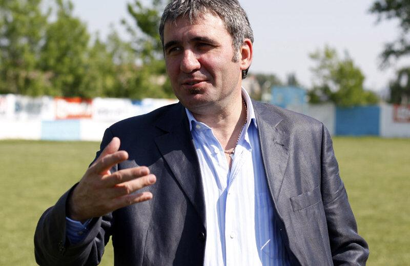 Hagi va primi premiul pentru cel mai bun jucător român.