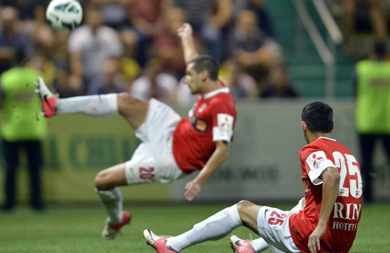 Dănciulescu priveşte neputincios: echipa lui a terminat doar pe locul 6