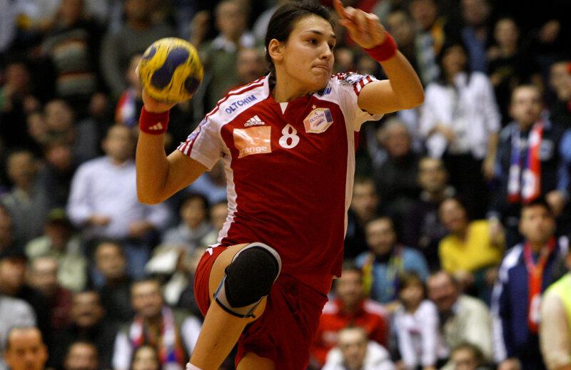 Cristina Neagu nu a mai jucat din noiembrie 2012, cînd s-a accidentat într-un meci de-al Oltchimului din Liga Campionilor