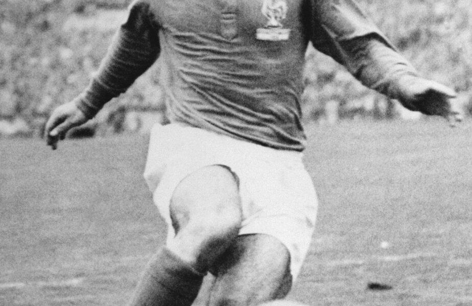 Just Fontaine ar fi putut să marcheze 15 goluri la CM '58. A avut şi două bare