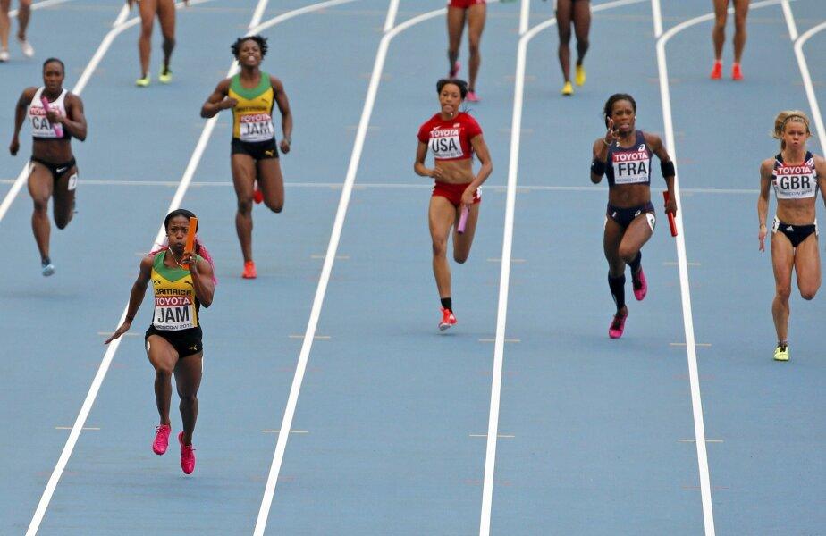 Shelly-Ann Fraser-Pryce a dominat și în cursa de ștafetă // Foto: Reuters