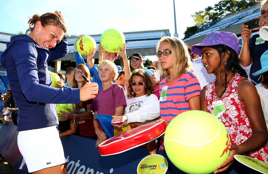 Simona Halep se simte bine în preajma fanilor // Foto: Guliver/GettyImages