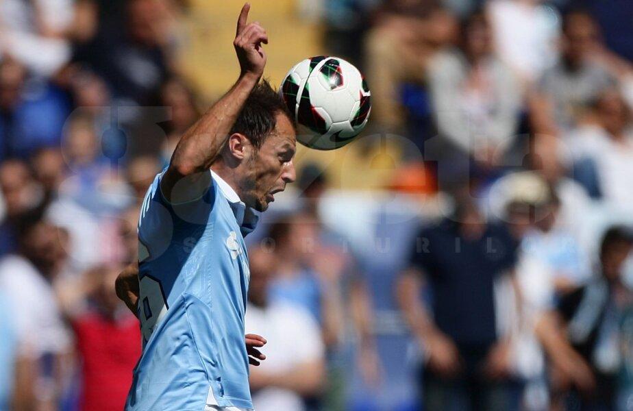 Radu (stînga) a fost împrumutat și apoi cumpărat de Lazio de la Dinamo, în 2008, contra sumei totale de 5,4 milioane euro // Foto: Guliver/GettyImages