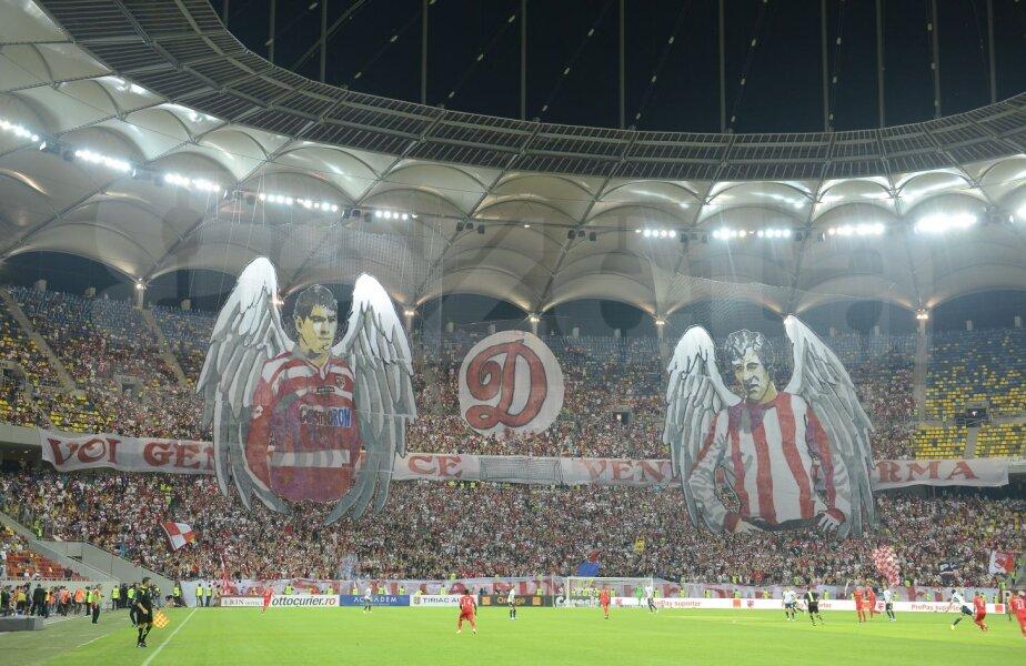 Fanii dinamoviști au făcut spectacol la ultimul meci jucat de Dinamo în Liga 1 pe Național Arena, 1-2 cu Steaua, pe 11 august 2013