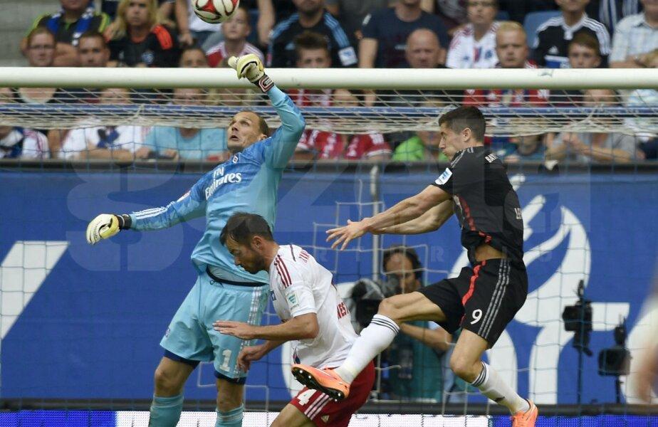 Nici Lewandowski, numărul 9, nu l-a putut învinge pe portarul Drobny // Foto: Reuters