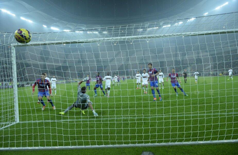 Golul lui Szukala a făcut diferența la finalul unei prime reprize în care roș-albii își depășiseră condiția actuală