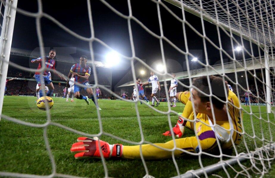 Pantilimon a primit doar două goluri în două meciuri: un autogol şi un penalty // Foto: Guliver/GettyImages