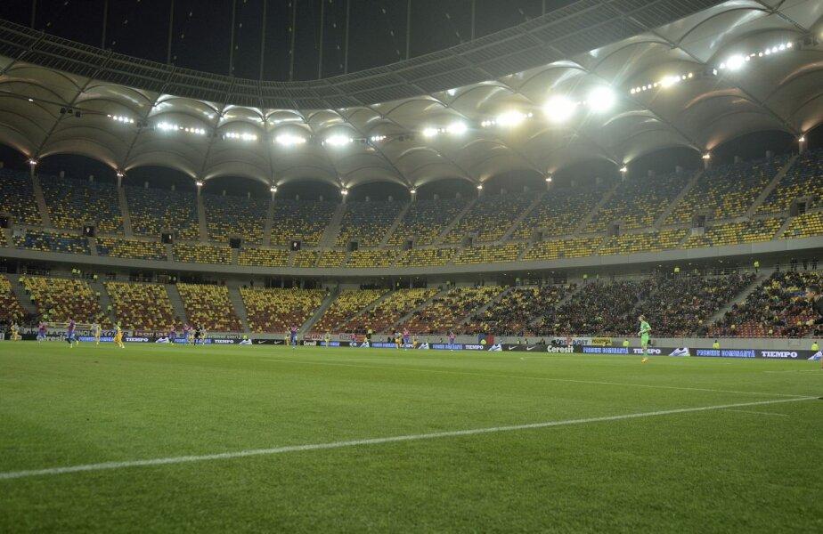 Steaua s-a obișnuit să evolueze cu tribunele mai mult goale