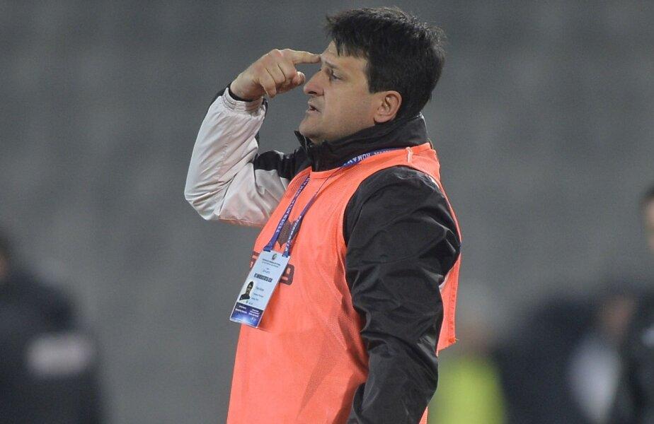 Falub are două meciuri împotriva Stelei ca antrenor: Sportul - Steaua 2-0 (2008, în Cupă) și Steaua - Alba Iulia 2-0 (2009, în Liga 1)