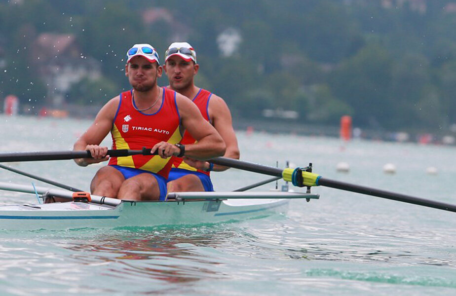 Cristi Ilie şi George Palamariu sînt aproape de a-şi realiza obiectivul, calificarea la Rio // Foto: worldrowing