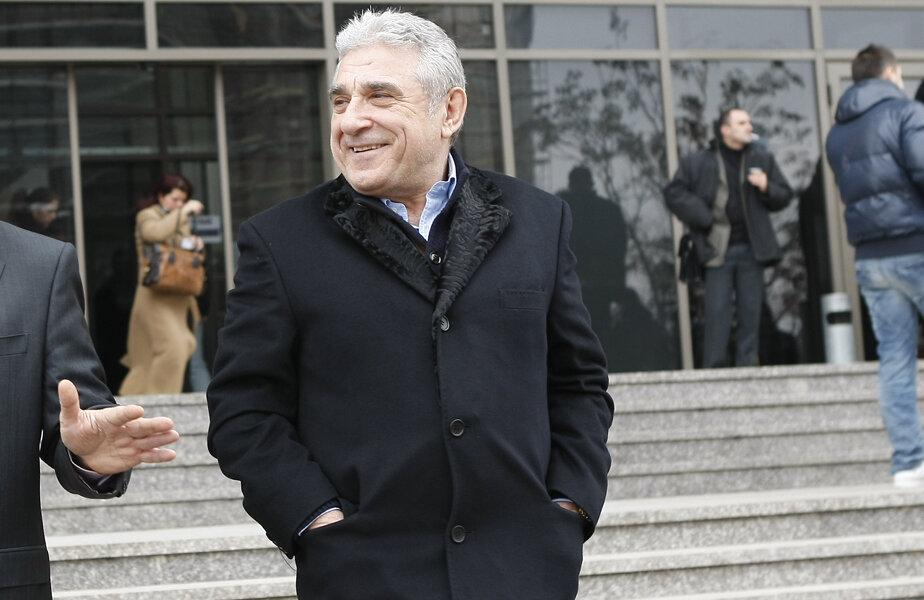 Ioan Becali, 63 de ani, fusese condamnat la 6 ani și 4 luni. A efectuat 1 an și 8 luni din pedeapsă