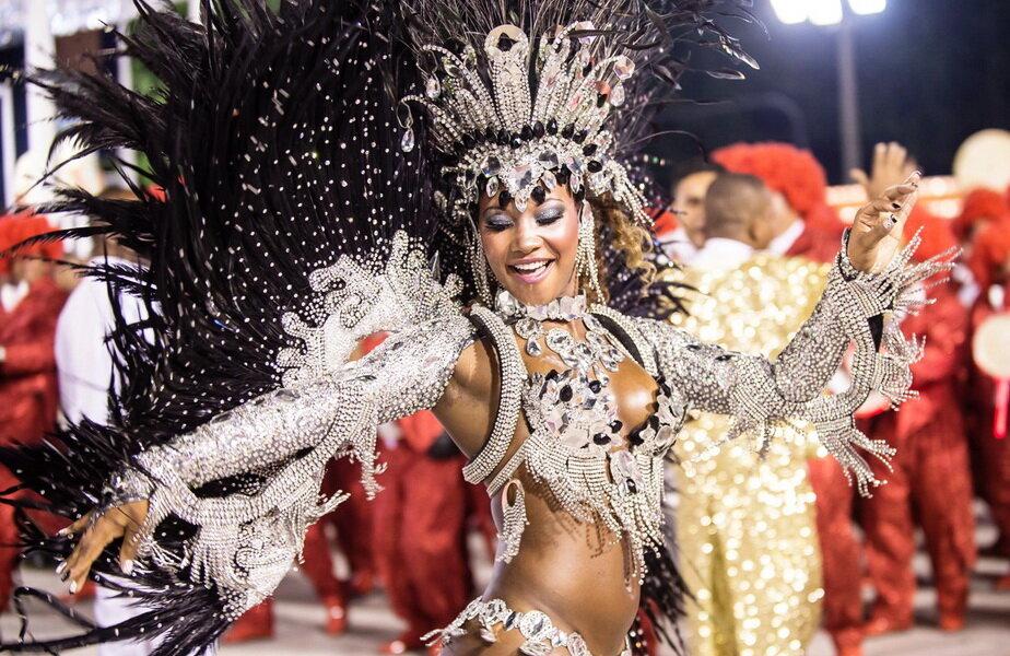 A început carnavalul de la Rio! ► Foto: aboutbrazilia.com