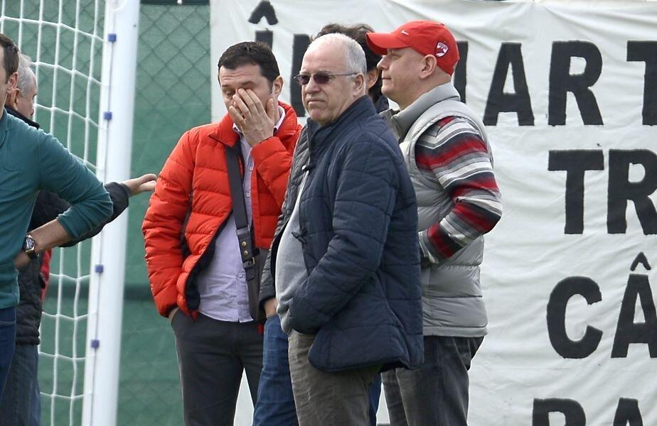 Constantin Anghelache, fost președinte la Dinamo, este acuzat de Marius Șumudică că are legături cu arbitrul Marius Bârsan
