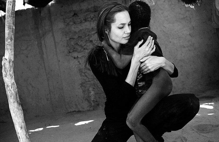 Angelina Jolie ► Foto: Facebook