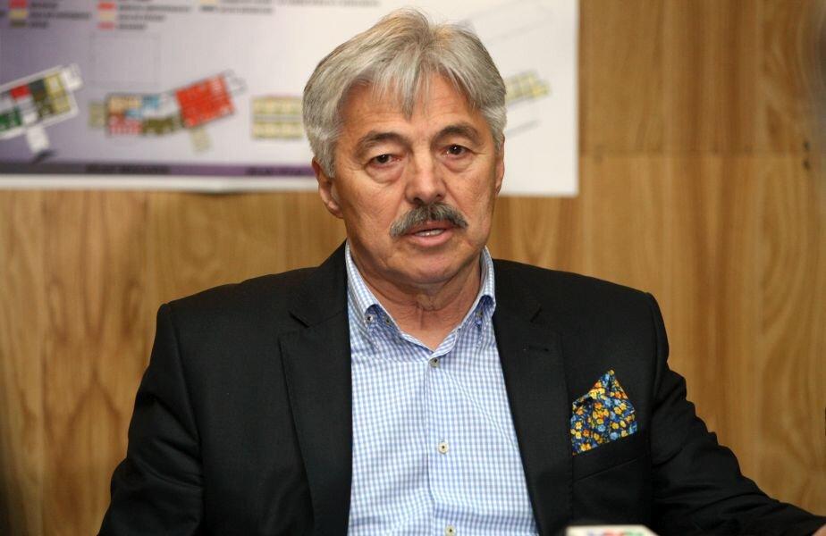 Cadâr îşi va promovare programul cu care candidează la preşedinţia Federaţiei Române de Volei în cadrul unui turneu prin ţară
