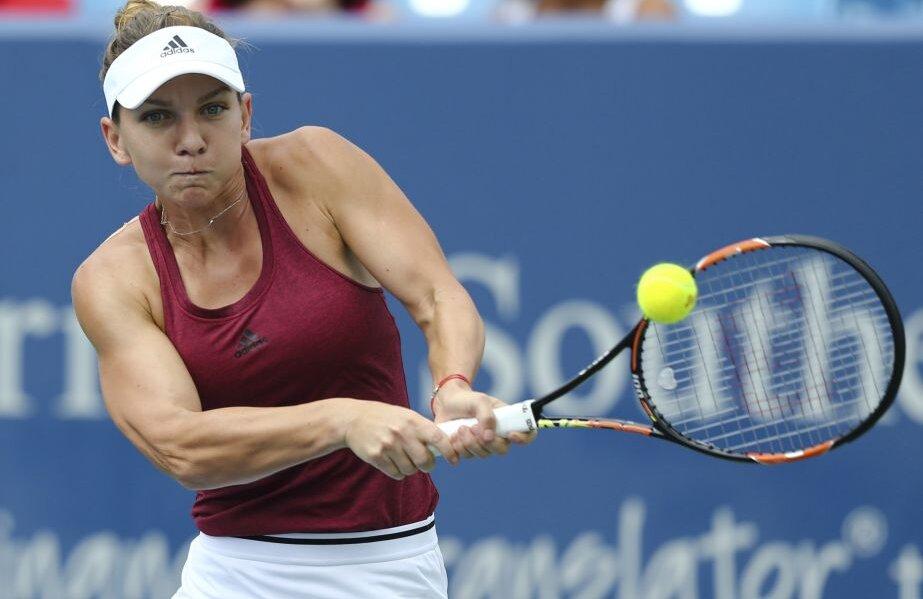 Simona Halep nu mai pierduse niciodată în fața lui Kerber pe hard în cele patru dispute anterioare // FOTO Reuters