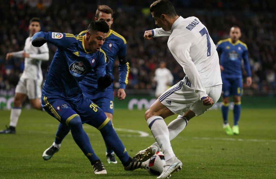 Ronaldo, blocat de Roncaglia // FOTO Reuters