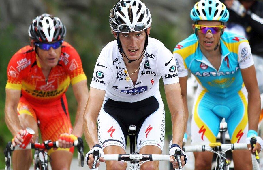 Gutierrez, în roșu, alături de Andy Schleck și Alberto Contador // FOTO: Guliver/GettyImages