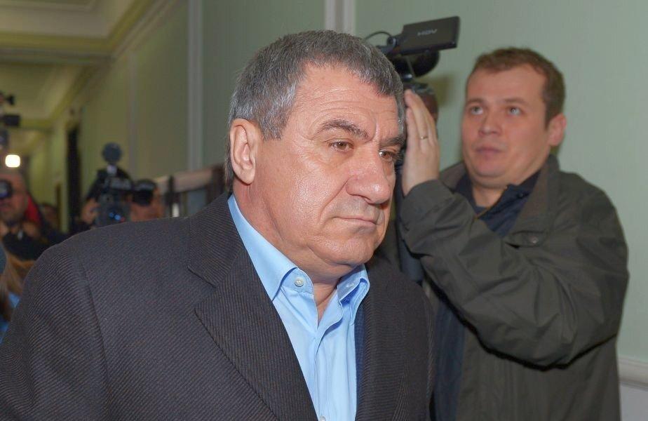 DEZVĂLUIRI Victor Becali și Gică Popescu erau gata să ...